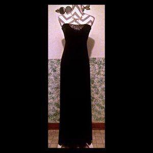 BEBE STRAPLESS BLACK MAXI DRESS SIZE SMALL